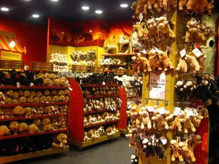 франшиза магазина игрушек Hamleys